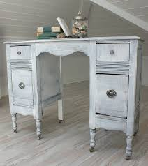 38 adorable white washed furniture pieces for shabby chic and beach dcor_35 white beach furniture