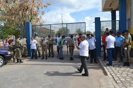 Resultado de imagem para manifestação em frente a uern mossoró fotos