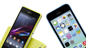 iPhone 5C vs Sony Xperia Z1 Compact: The best 'baby brother' for you
