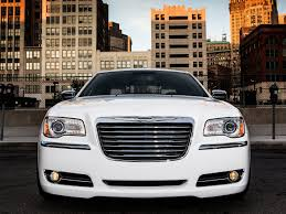 Chrysler 300 Lease Review The 2013 Chrysler 300 Is Aging Gracefully With Subdued