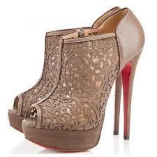 احذية نساء شيك!!!!!!!!!!!!!!!!!!!!! images?q=tbn:ANd9GcS