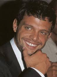 Who's the next girl for Luis Miguel? - luis-miguel-sexy