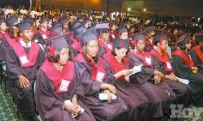 Resultado de imagen para fotos de la graduación de la universidad UNEV