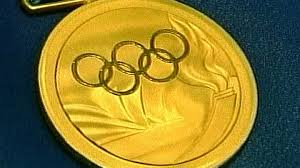 <b>Медали</b> и факелы Олимпиады-2012