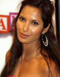 padma lakshmi and salman rushdie s scorched earth marriage memoirs padma lakshmi