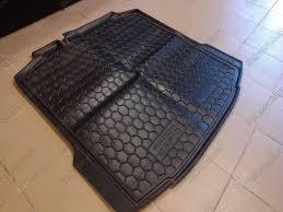 <b>Резиновый коврик в багажник</b> — Audi 80, 2.0 л., 1992 года на ...
