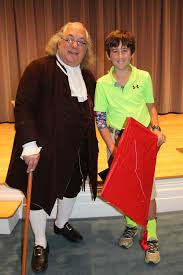 ben franklin presents at th annual historical reenactment the barry stevens aka benjamin franklin essay contest winner graham worley student at