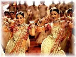 「インドのダンス シンクロ」の画像検索結果