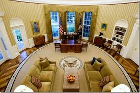 after barak obamas oval office golds and caramel or is the color scheme browns and wheats the color scheme of the oval office looks remarkably different barak obama oval office golds