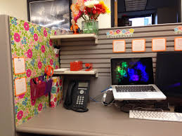 alfa img showing decorating cubicles at work home decorations home decorating stores tuscan awesome cute cubicle decorating ideas cute