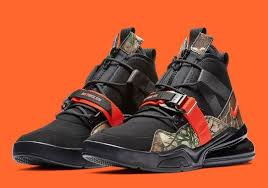 <b>Nike Air Force 270</b> - Latest Release Info | SneakerNews.com