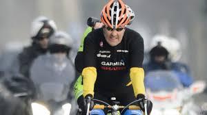 جنيف - وزير الخارجية الأمريكي جون كيري تعرض لحادث دراجة