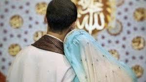 Hasil gambar untuk 4 Hal yang akan membuat suami makin mencintaimu