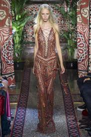 best ideas about fashion models fashion model roberto cavalli spring 2017 ready to wear fashion show