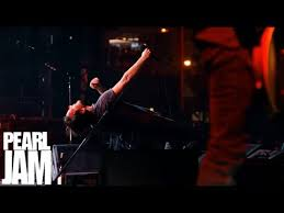 Go - <b>Let's</b> Play Two - <b>Pearl Jam</b> - YouTube