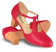 Resultado de imagem para sapatos de dança capezio