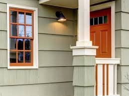 Decorative Windows For Houses How To Choose The Best Exterior Window Trim For Your Home Diy