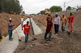 file mexican construction workers jpg file mexican construction workers jpg