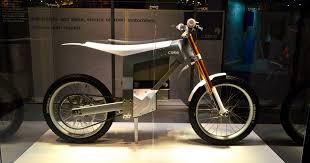 Cake <b>electric</b> dirt <b>bike</b> leaves behind <b>plenty</b> of dust but no emissions