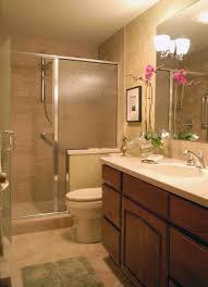 maximize small bathroom designs e