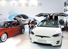 Tesla keeping model 3 steady as Musk to lose CFO, seek cash ...