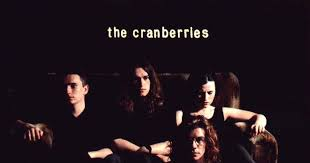 Nostalgia Fact-Check: How Does the <b>Cranberries</b>' <b>Everybody Else</b> Is ...