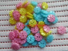 <b>200pcs</b> Littler flower plastic buttons doll sewing/scrapbook Baby ...