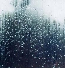 Resultado de imagen de lluvia tras una cortina