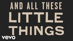 One Direction - Little Things (Lyric Video) - YouTube