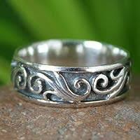 <b>Hand Made</b> Sterling Silver Ring - <b>Dreamer</b>   NOVICA