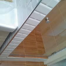 <b>Душевые</b> стеклянные <b>двери в нишу</b> на заказ 550-900 мм