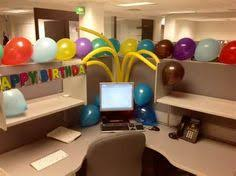 office decoration themes for christmas celebrating grey swivelchair l shaped workbench baloon themes ideas for celebrating in modern office alluring alluring office decor ideas