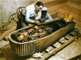 the opening of king tut s tomb shown in stunning colorized photos tut 7