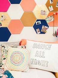 decoration preety accessory with small hexagonal wallpaper on large pure white wall plus chic multicolor chic design dorm room ideas