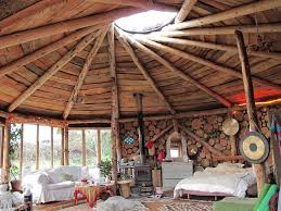 Plan it Earth Roundhouse Holidays   Natural Building BlogBeautiful interior of cordwood roundhouse by Plan it Earth
