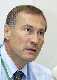Maire de Mulhouse depuis 1989, <b>Jean-Marie</b> Bockel est un obscur secrétaire d' - jean-marie_bockel