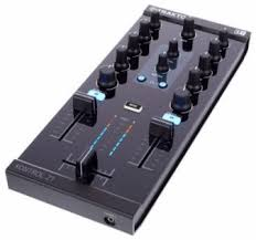 DJ <b>контроллер Native Instruments Traktor</b> Kontrol Z1 купить в ...