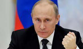 موسكو - الرئيس بوتين يقيل عددا من مسؤولي أجهزة الدولة