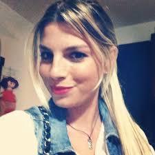 Emma Marrone nasconde la sua vera identità? Preferisce Francesca Savini a Marco Bocci? - emma-marrone-con-le-extension