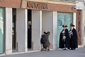 Risultati immagini per Veneto Banca
