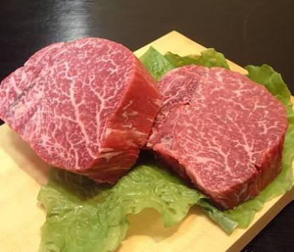 アスリートならこれを食べるべし!高タンパク・低脂肪の肉と魚