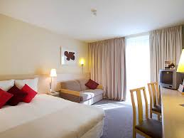 room manchester menu design mdog: standard room  rostdroo  p x standard room