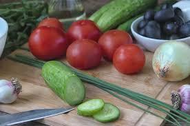 Неправильный салат. Почему огурец лучше есть отдельно от ...