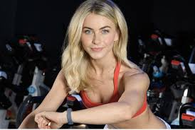 Julianne Hough Topless 'Birthday Suit' Photo Is The Sexiest Thing ...