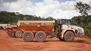 İş Makinası - Fransız Guyanası'nın ücra köşesindeki altın madenine ...