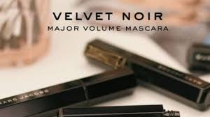 <b>Velvet</b> Noir Major Volume Mascara - <b>Marc Jacobs Beauty</b> | Sephora