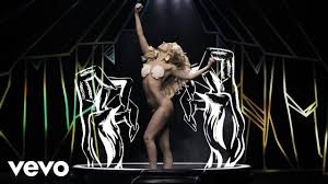 <b>Lady Gaga</b> - Applause (Official Music Video) - YouTube
