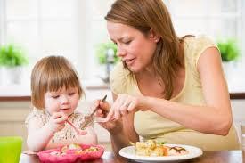 Mẹo trị  biếng ăn ở trẻ Images?q=tbn:ANd9GcSOseP562nrtwwep8FtiDDMhvqM-szqwmzIbH9RPO_Qx1L2mofR