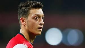 <b>Mesut Özil</b>: &quot;Verliebt in London&quot; - 200542803-oezil_dpa_20131010-143646-44ef