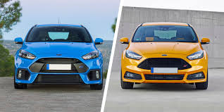 <b>Ford Focus RS</b> vs Focus ST: hot hatches compared | carwow